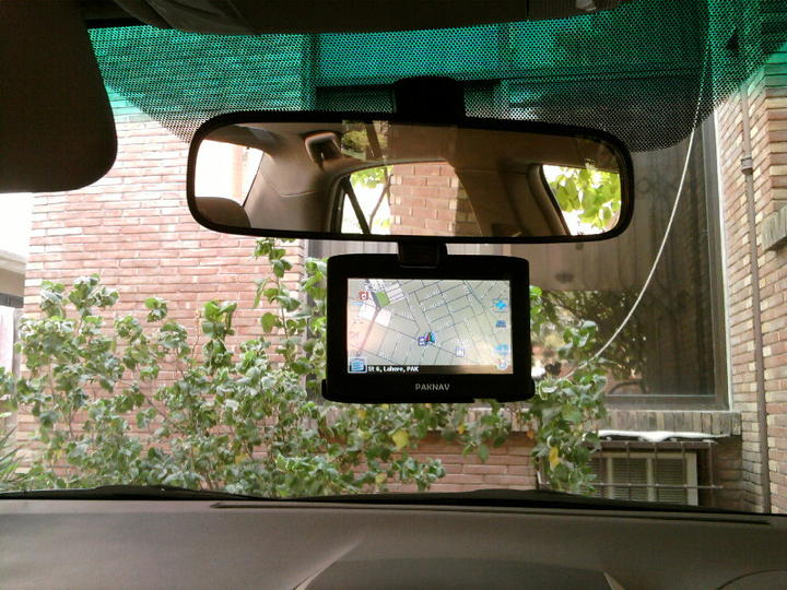 Civic Factory fitted Navigation System/Rear Camera - 123553