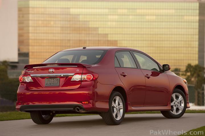 spotted; 2011 corolla in pakistan facelift - 170898