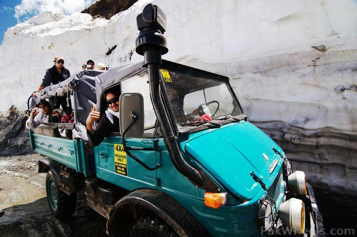 Team UNIMOG Punga 2010 @Elevation 14200ft–Via Babusar-Sheosar–Burzil–Minimerg–Butogah - 112565
