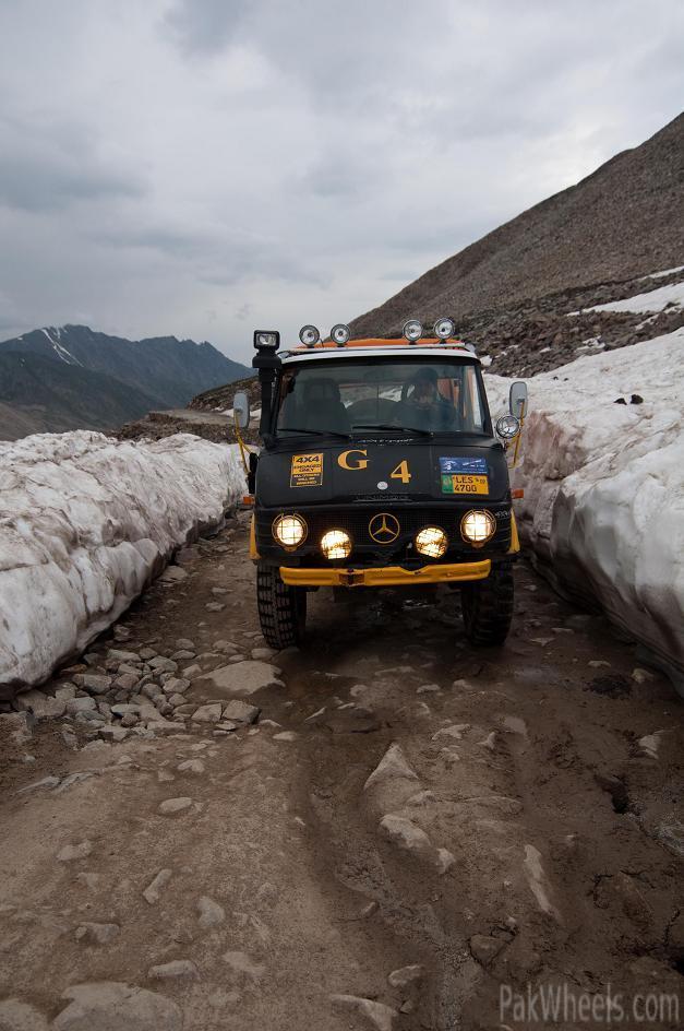 Team UNIMOG Punga 2010 @Elevation 14200ft–Via Babusar-Sheosar–Burzil–Minimerg–Butogah - 138219