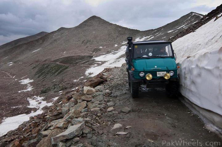 Team UNIMOG Punga 2010 @Elevation 14200ft–Via Babusar-Sheosar–Burzil–Minimerg–Butogah - 138290