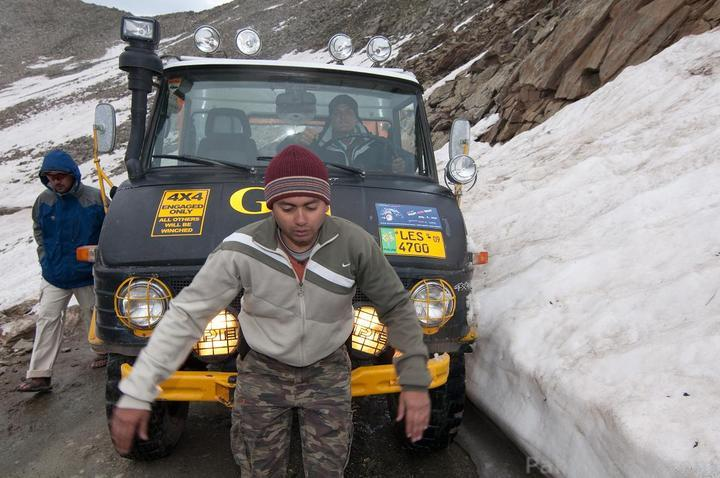 Team UNIMOG Punga 2010 @Elevation 14200ft–Via Babusar-Sheosar–Burzil–Minimerg–Butogah - 138298
