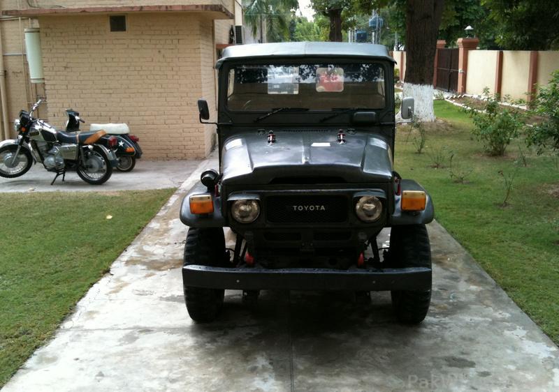 The Phantom Of City Sadar Road - 322337