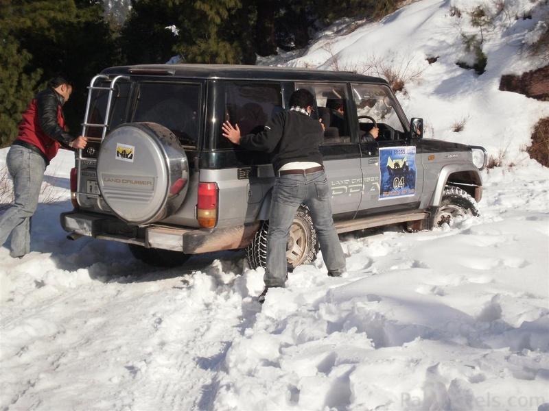 Muzaffarabad Jeep Club Snow Cross 2012 - 363099