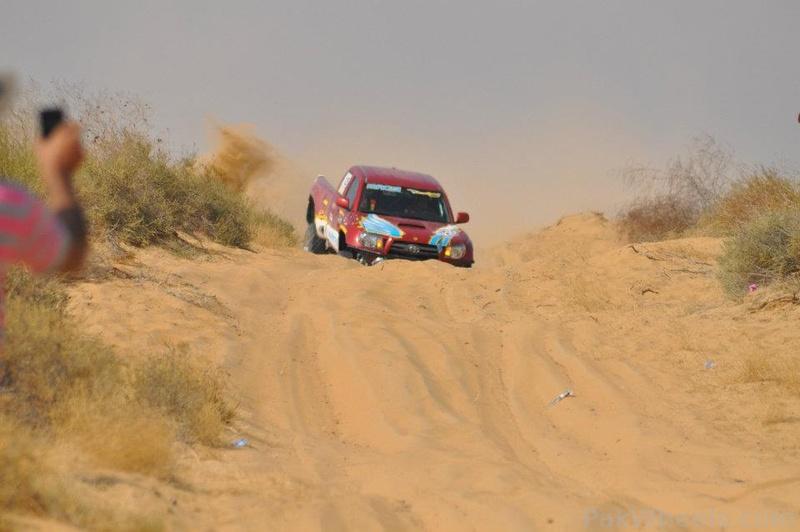 The Cholistan Jeep Rally 2012 Report: IJC Rally Team Concordia and Team Saidhi - 381732