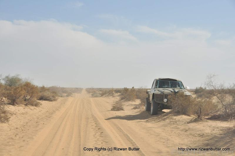 The Cholistan Jeep Rally 2012 Report: IJC Rally Team Concordia and Team Saidhi - 383951