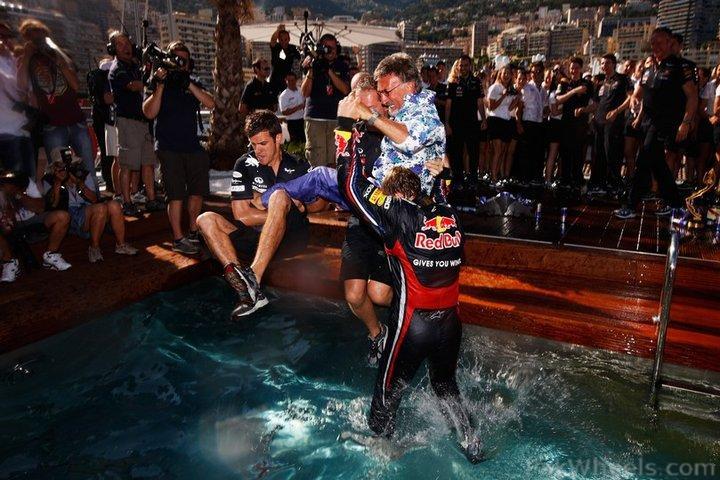 -Formula 1 - Season 2011 - 246467