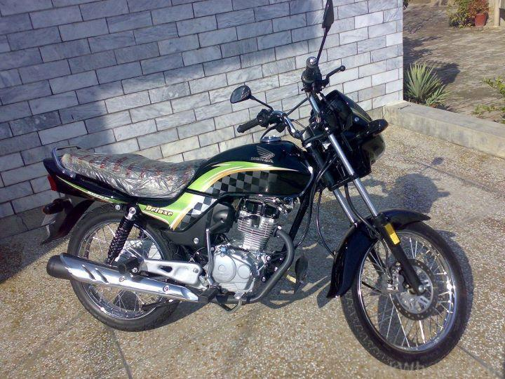 Honda CG125 Deluxe 2012 - 382808