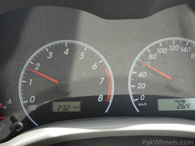 2011 Corolla 1.6L Altis AT / GLI AT - 246567
