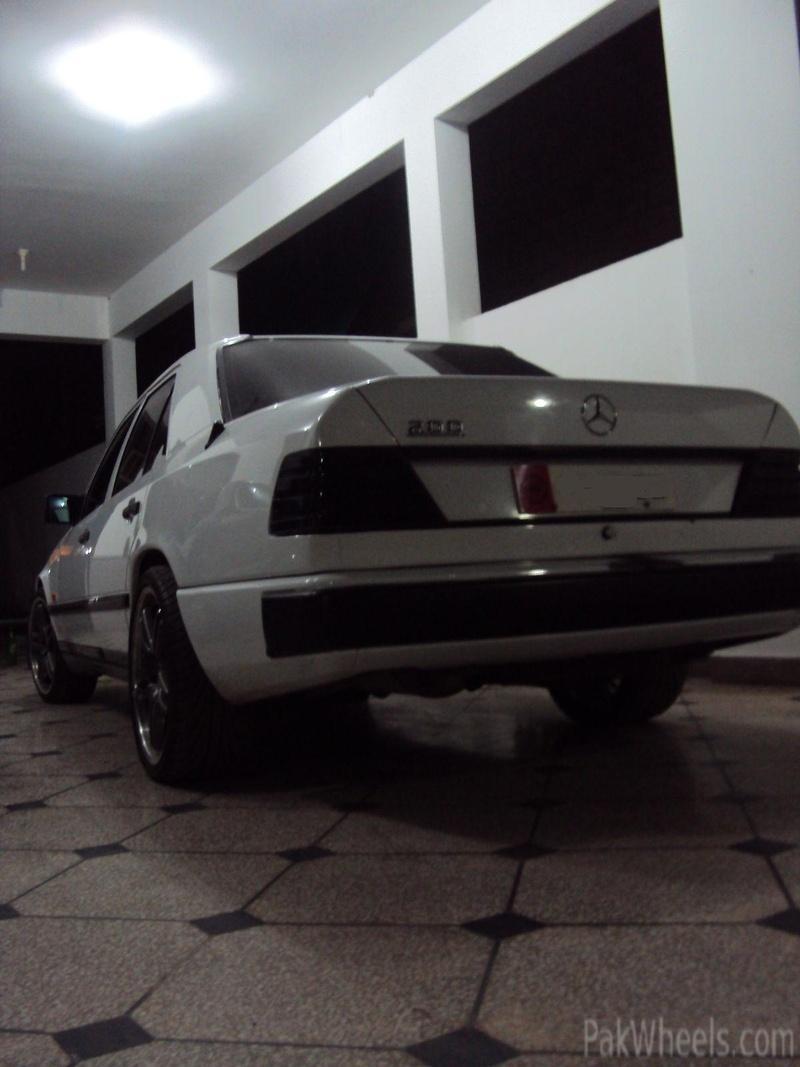 Mercedes E200s price...? - 327722
