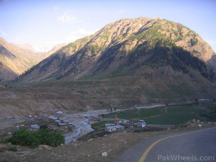 Solo Flight North Pakistan 2011 - Biking, Hiking, Hitchhiking, Jeep Safari & NATCO - 279794