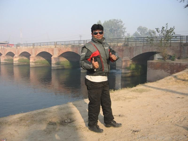 PBC members Master and BlueHorn - Short ride to Khanpur Canal 05/12/11 - 341663