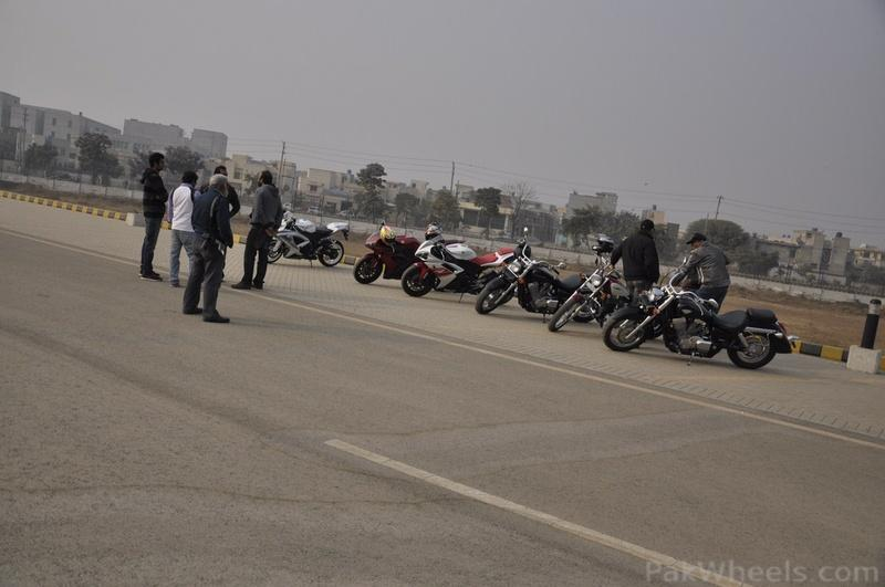 PakWheels - Moin Khan Welcome Event **(Pictures from Page - 5)** - 348113