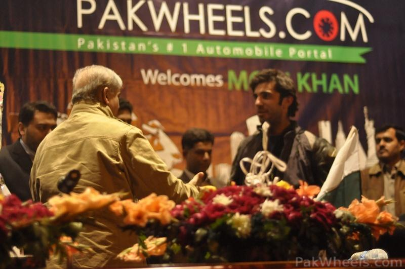 PakWheels - Moin Khan Welcome Event **(Pictures from Page - 5)** - 348251