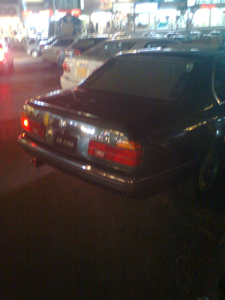 BMW E38 - Elegance Personified - 65755
