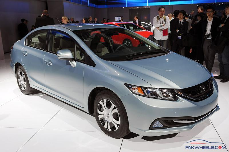 2013 Honda Civic Hybrid - Vintage and Classic Cars