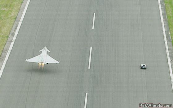 Bugatti Veyron vs Eurofighter Typhoon - Spotting / Hobbies