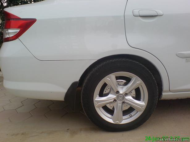 Ventilated disc brakes in city 2005 - City - PakWheels Forums