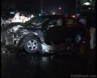Deadly Car Accident In Dha Karachi 1 Sep 2010 Spotting Hobbies