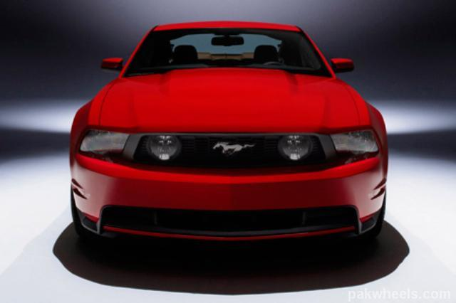 ford mustang 2010 vs infiniti g37 coupe 2009 vintage and. Black Bedroom Furniture Sets. Home Design Ideas