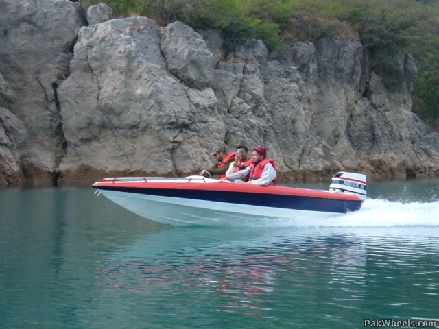50 Hp Motor Boat For Sale (Its a Beauty) - Cars - PakWheels