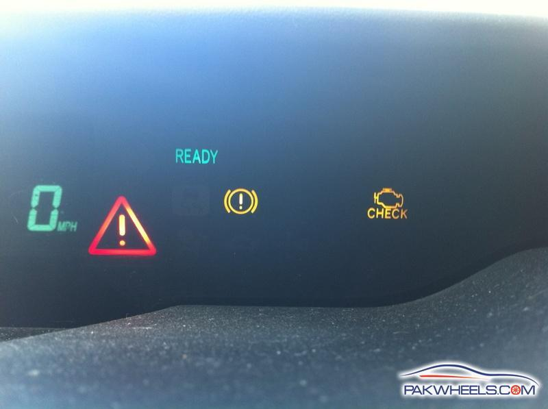 2008 prius warning light exclamation point