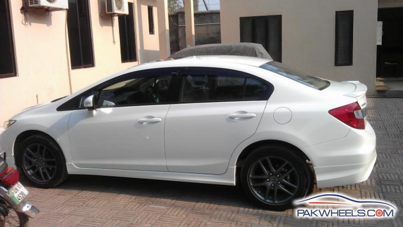 "2013 Honda Civic VTi Oriel OEM 15"" Alloy Wheels and Tyres - Car Parts - PakWheels Forums"