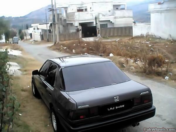toyota camry v s honda accord 2005 models vehicle documentation registration import le. Black Bedroom Furniture Sets. Home Design Ideas