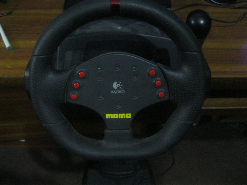 WTS: Logitech Momo Force Feedback Steering Wheel for PC and