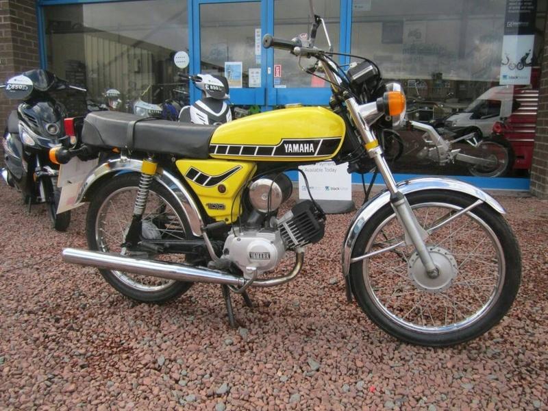 1998 Yamaha RT 100 Dirt bike