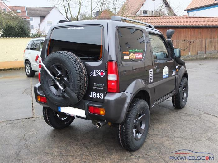 suzuki jimny 2010 general 4x4 discussion pakwheels forums. Black Bedroom Furniture Sets. Home Design Ideas