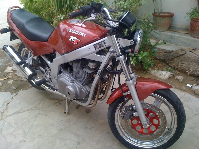 New Look!Suzuki 2001 GS-500 Registered Heavy/Sports Bike For
