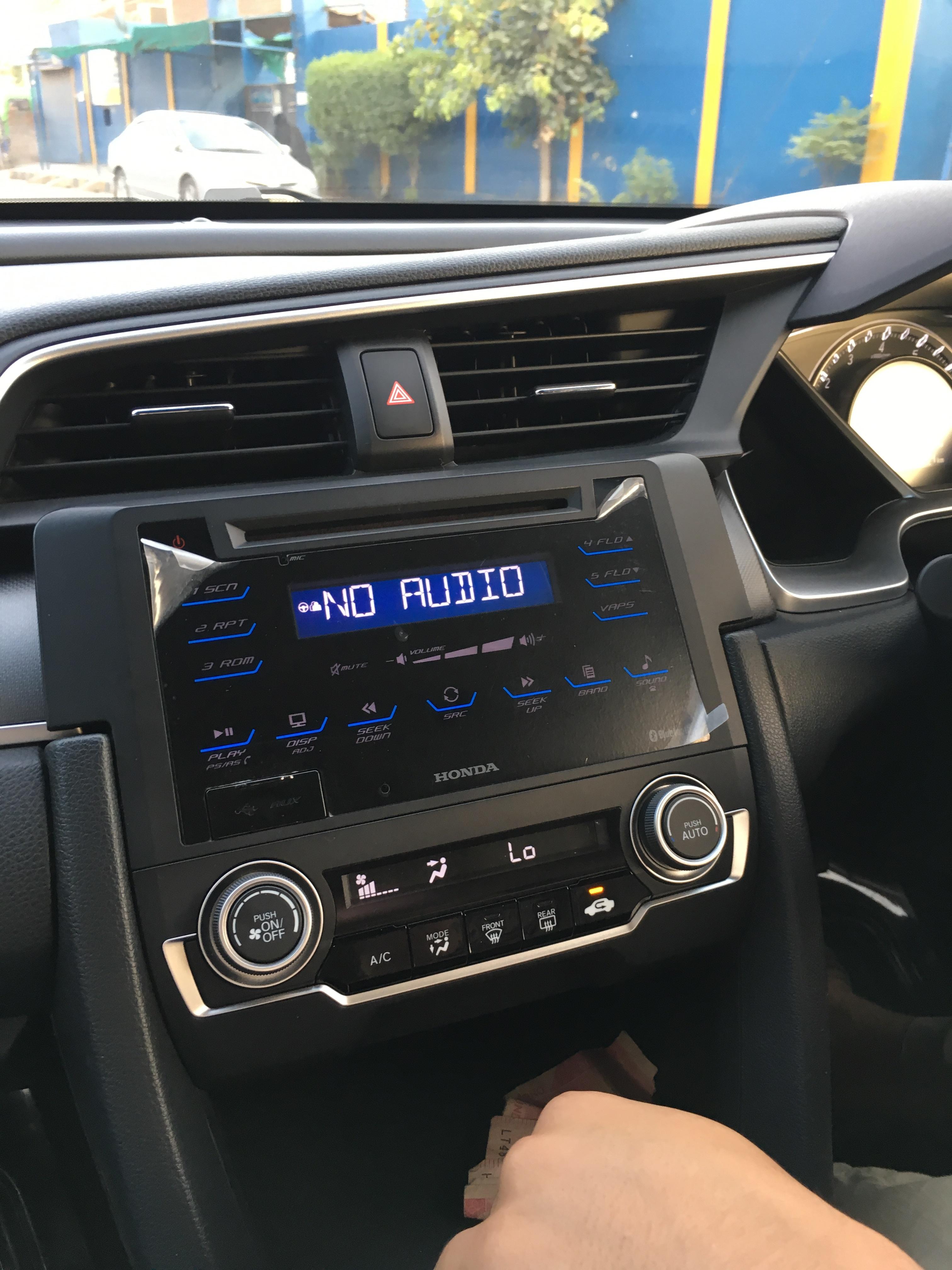 Civic X Audio Player Bluetooth Problem