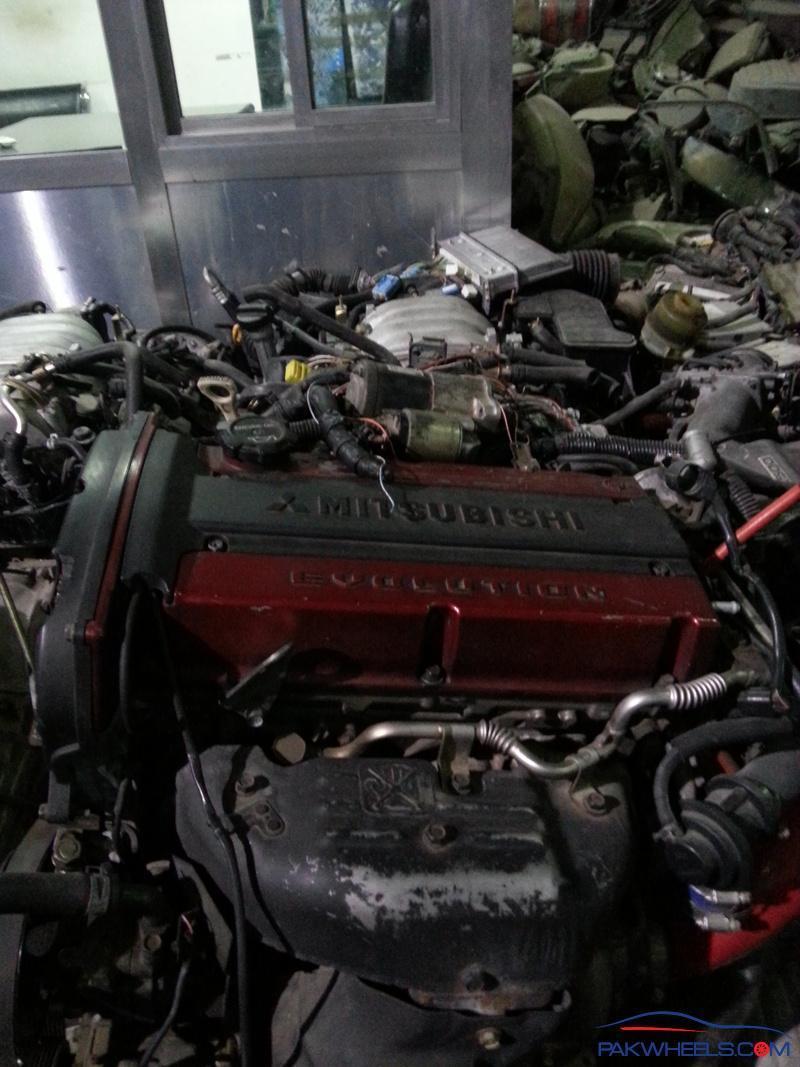 Engines Paradise in Sharjah (UAE) - Spotting / Hobbies