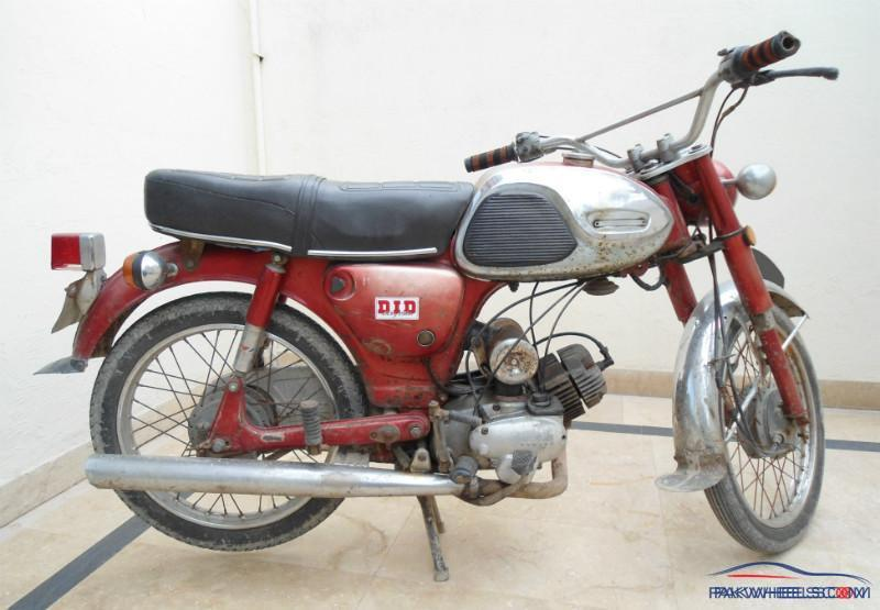 restored yamaha 80cc 1972 yamaha bikes pakwheels forums. Black Bedroom Furniture Sets. Home Design Ideas