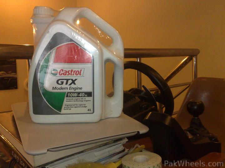 Where to get non synthetic castrol gtx 10w40 engine oil for Best non synthetic motor oil