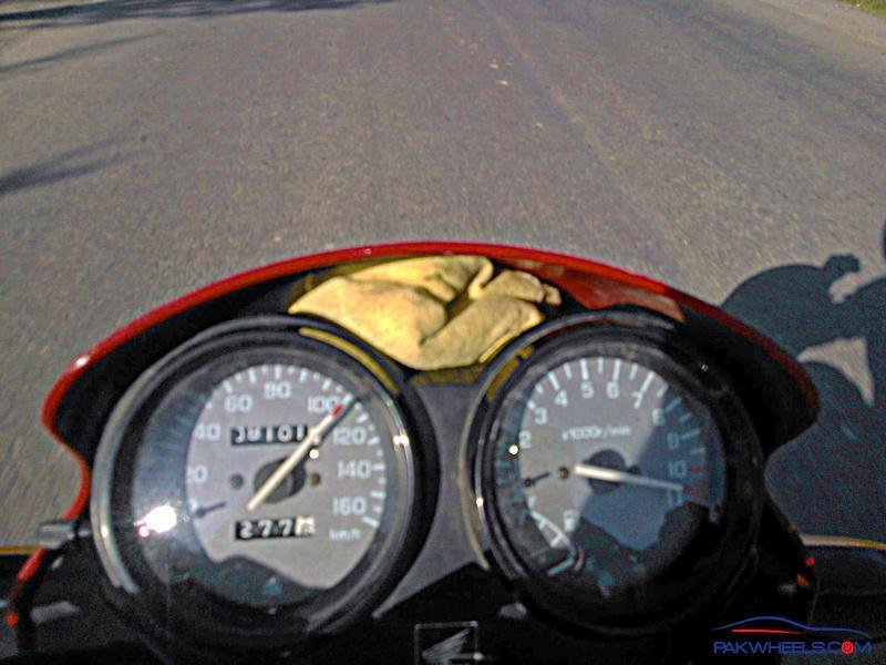 Deluxe Top speed >_< - General Motorcycle Discussion - PakWheels Forums