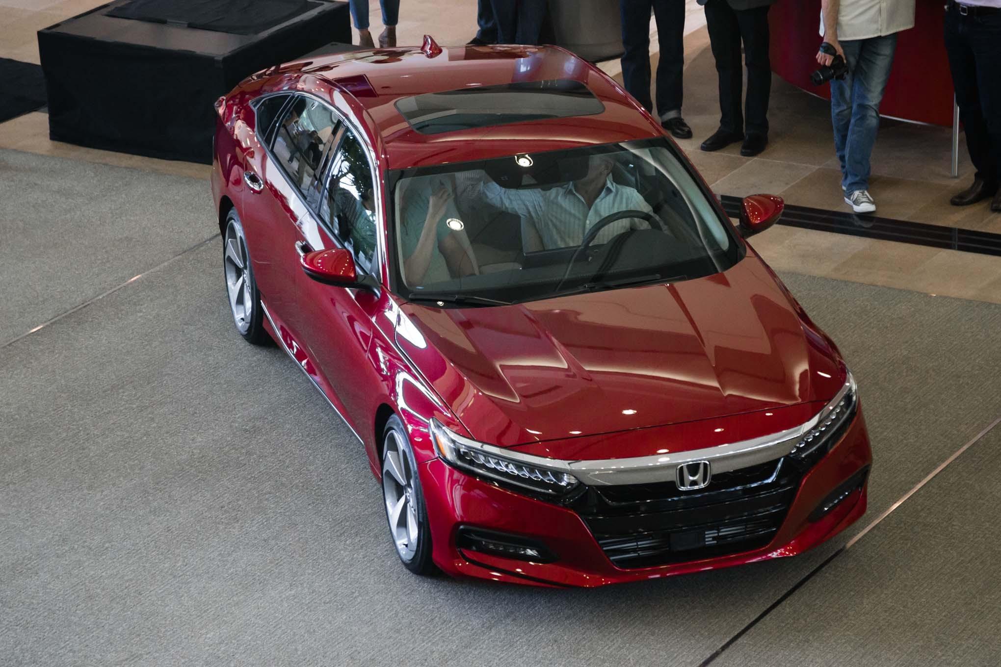 10th generation accord accord pakwheels forums for Honda accord generations