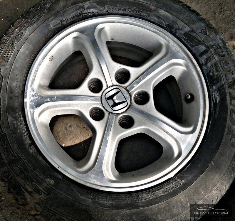 honda civic reborn original rims tyres for sale car parts pakwheels forums. Black Bedroom Furniture Sets. Home Design Ideas