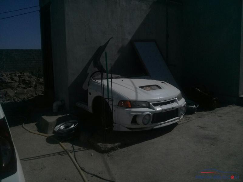 Mitsubishi Evo 4 half cut for sale (rozzzzz) - Car Parts
